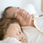 6626 Sleeping Seniors